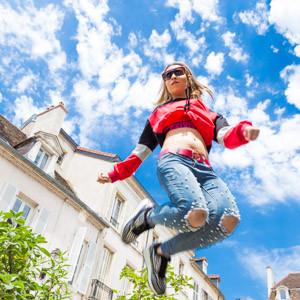 Leila dans les rues de Dijon