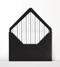 Black and White Liner .jpg