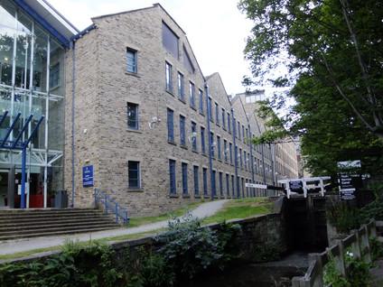 Larchfield Mills - Huddersfield(7).JPG