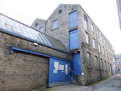 Albion Mill - Thongsbridge(14).JPG