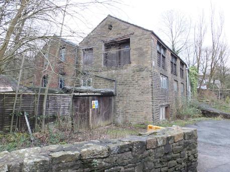 Brownhill Bridge Mill - Uppermill(4).JPG