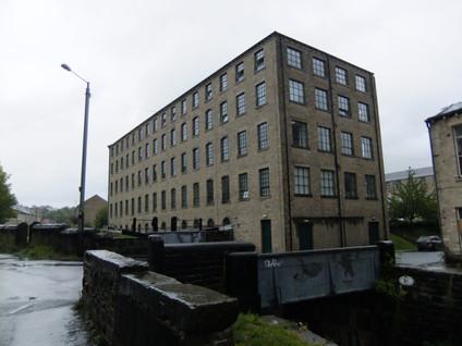 Union Mills - Milnsbridge(3).JPG