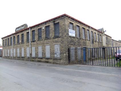 Spen Vale Mills - Heckmondwike.JPG