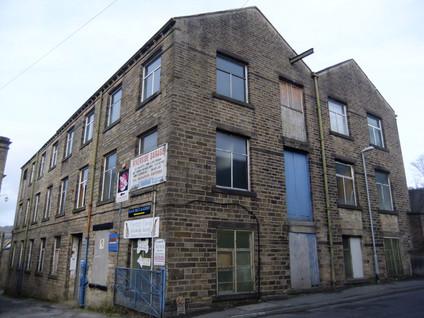 Albion Mill - Thongsbridge(2).JPG