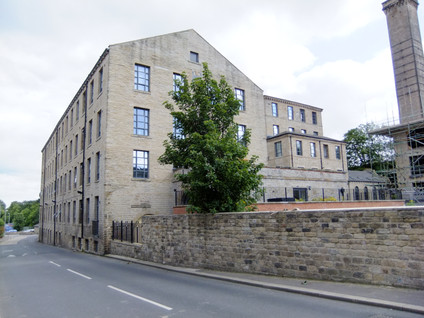 Parkwood Mills - Huddersfield(2).JPG