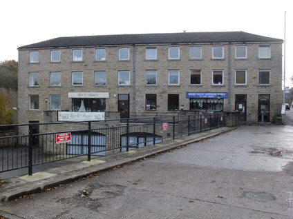 Thongsbridge Mills - Thongsbridge(4).JPG