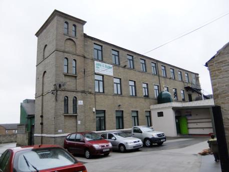 Cross Lane Mill - Bradford(7) - Copy.JPG
