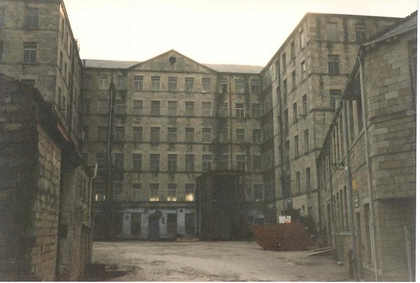 New Lane Mills - Laisterdyke.jpg