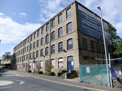 Parkwood Mills - Huddersfield(12).JPG