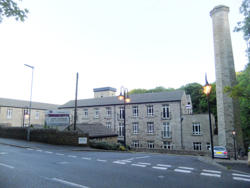 Albion (Brook Lane) Mill - Golcar.JPG