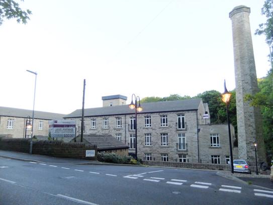 Albion (Brook Lane) Mill - Golcar.JPG