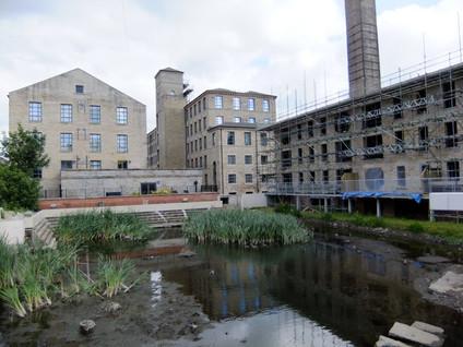 Parkwood Mills - Huddersfield(3).JPG