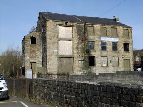 Calder Street Mill - Burnley(2).JPG