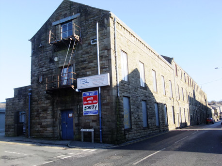 Oxford Mill - Briercliffe(3).JPG