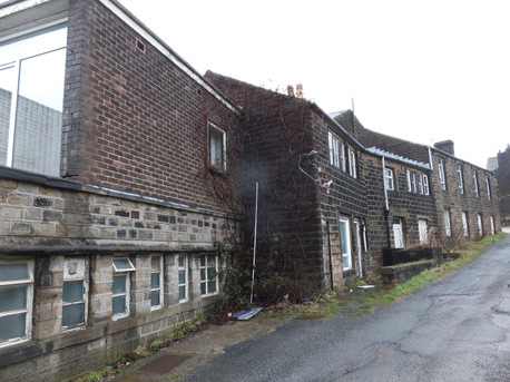 Harrop Court Mill - Diggle(2).JPG