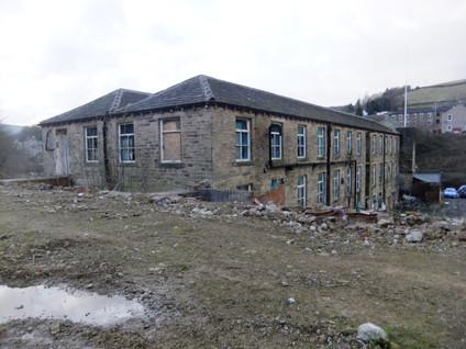 Hinchcliffe Mill - Hinchcliffe Mill(5).J