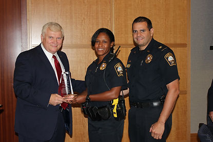 Atlanta Metropol Sworn Law Enforcement Award recipient Officer Lois Strong