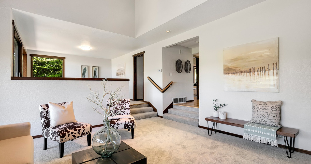 Lakeview | Clyde Hill