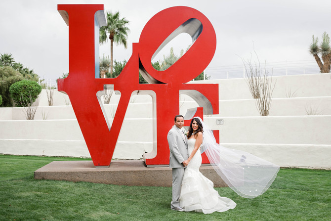 Stephanie & Nate | A Colorful Scottsdale Wedding at The Saguaro Hotel