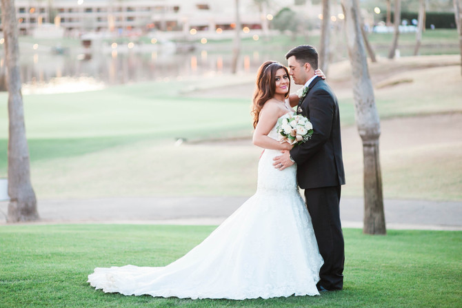 Sara & Philip | A Golden McCormick Ranch Golf Club Wedding