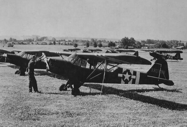 Piper L-4 Plane