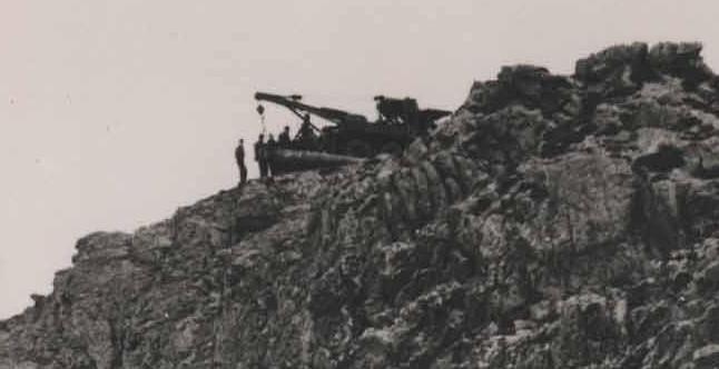 Force 135 decommisioning a 15cm Naval Gun