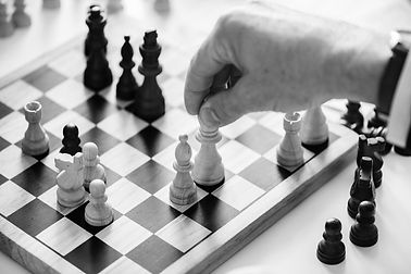 black-and-white-board-game-chess-938961_