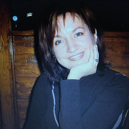Portrait photo of Csilla Toth