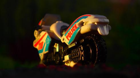 ダートタイプ 【白】 高速戦士 ハイパーモトバトロン