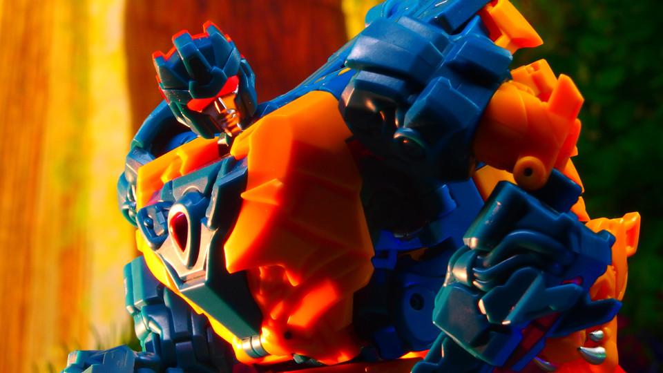 追撃兵シナーツイン・阿斯塔罗徳Astaroth S-01〔TFC Toys〕SINNERTWIN