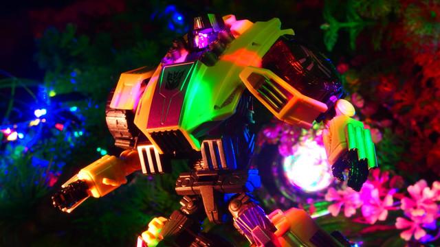 スィンドル (SDCC)サンディエゴ・コミコン [Transformers Fall of Cybertron]〔Hasbro〕