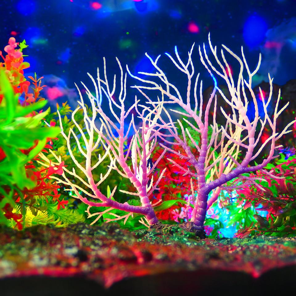 水族館装飾 装飾珊瑚 人工コーラル プラスチック (20*25cm, 紫)