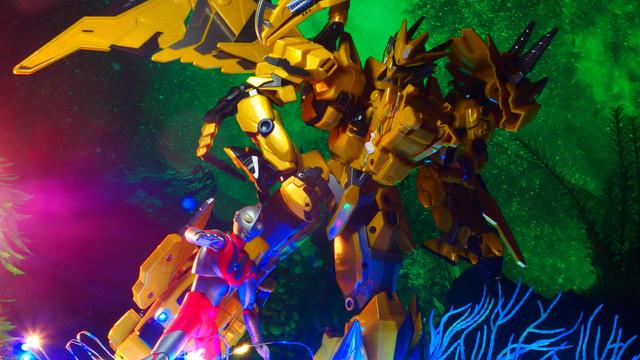 奥特曼 龙神号X 铂金珍藏版 (ウルトラマン ドラゴンゴッドXプラチナコレクターズエディション)〔钢铁飞龙2. 鋼鉄飛竜2.ドラゴンフォース2〕