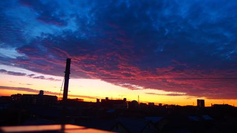 絵画のような朝雲