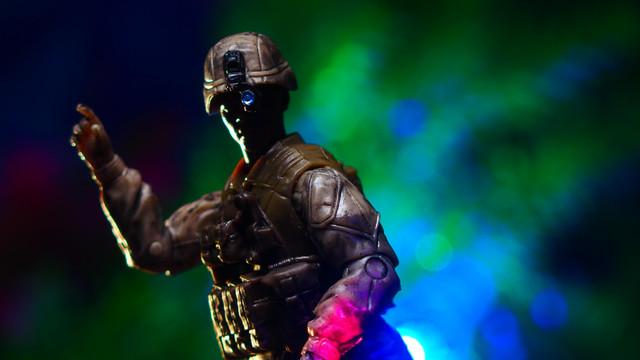 サニーデイズエンターテインメント エリートフォースマリンリーコン アクションフィギュア– 5パックミリタリー おもちゃ兵士プレイセットリアルなギアとアクセサリー Sunny Days Entertainment Elite Force Marine Recon Action Figures – 5 Pack Military Toy Soldiers Playset  Realistic Gear and Accessories