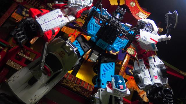 ガーディアン(Defensor)UW-03