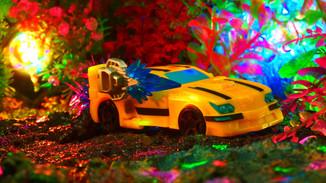 バンブルビー Bumblebee 〔Cyberverse Deluxe Classサイバーバース デラックスクラス〕