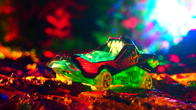 HOVER & OUT  257365.X-RAYCERS 1010 ホバー&アウト〔ホットウィール Hot Wheels〕