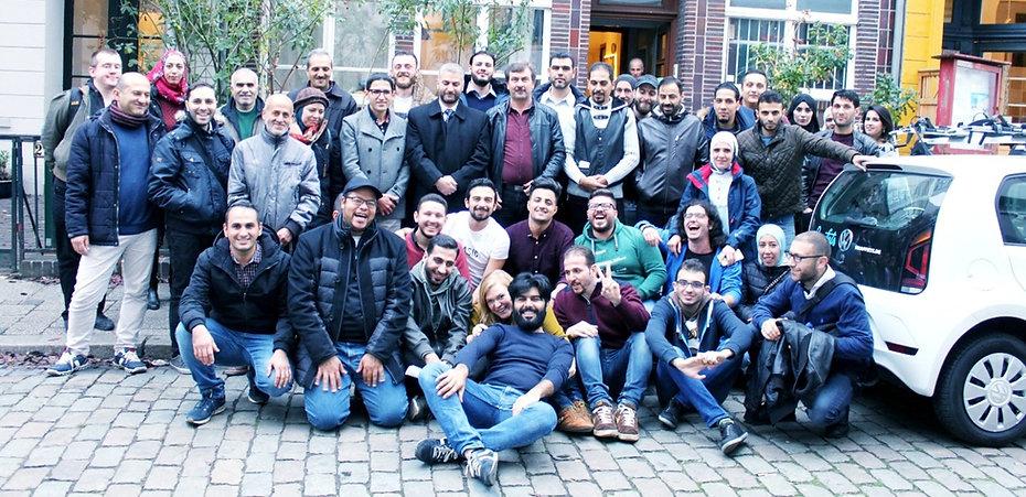 Mitglieder des Vereins Flüchtling für Flüchtling e.V.