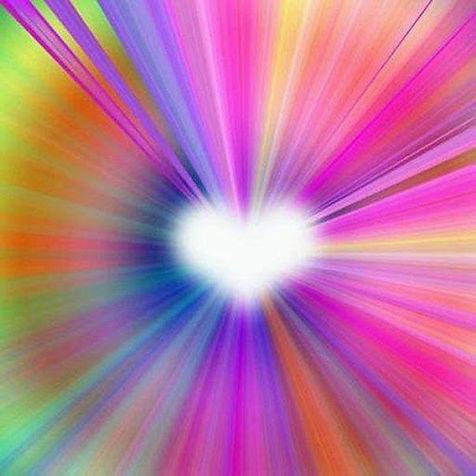 Coeur blanc rayonnant