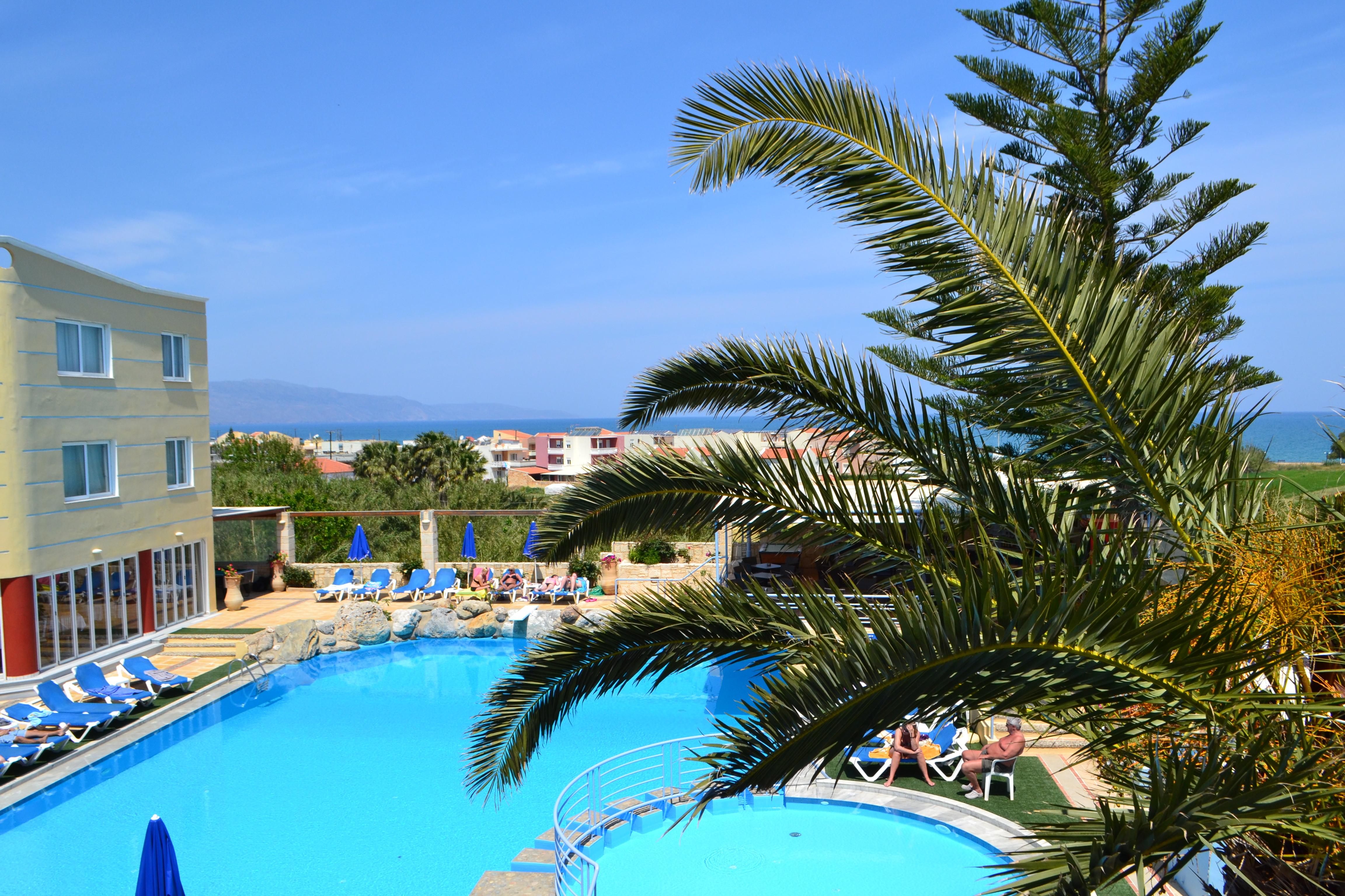 Pool left view