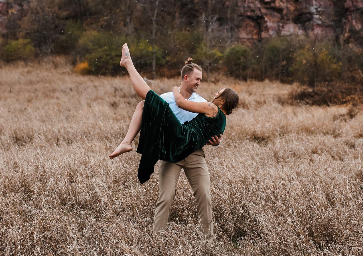 Sioux Falls_Minnesota_Engagement_Photogr