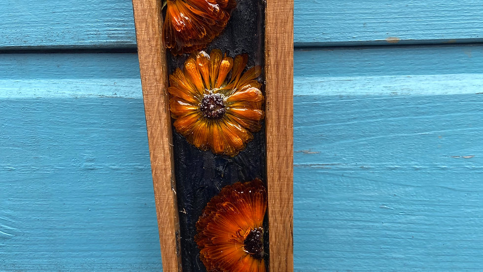 Dried flower whisky stave wall decor