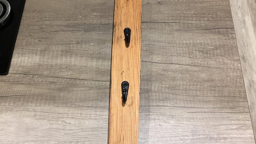 "26"" whisky stave key holder with 6 hooks"