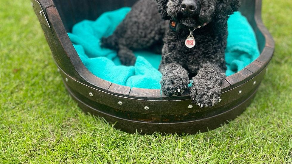 Whisky barrel dog bed