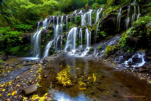 Banyu Wana Amertha falls.jpg