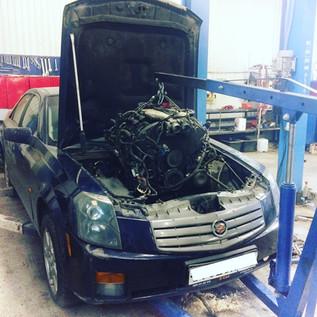 Снятие/установка и капитальный ремонт двигателя