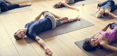 le-pilates-pour-les-hommes-aussi-702x336