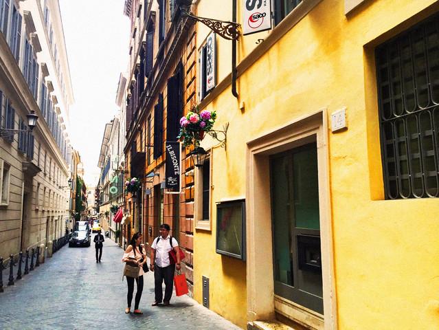 Roma-via borgognona & Via dei coronari ─ 門市參訪日