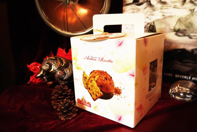 「當季商品」滿額 $ 10,000 贈精緻蛋糕盒